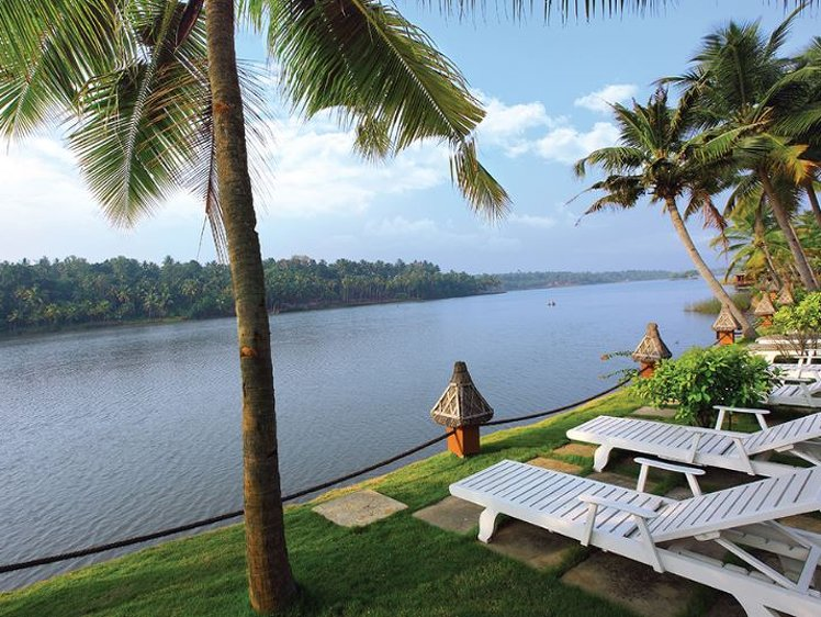 Fragrant Nature Backwater Resort Kollam India 3