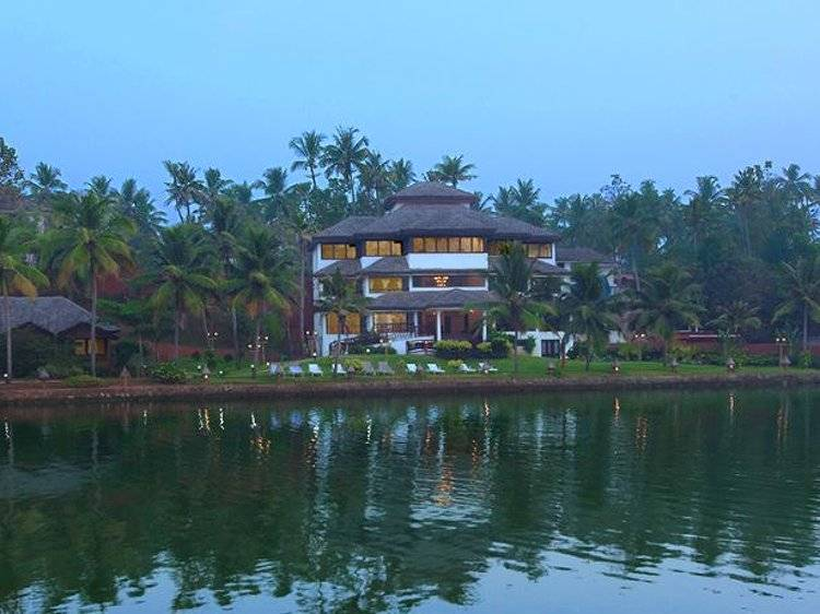 Fragrant Nature Backwater Resort Kollam India 23