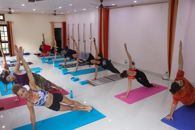 Yoga Vidya Mandiram Rishikesh India 5
