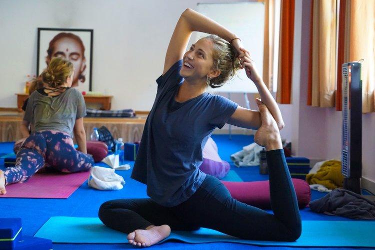 Yoga Vidya Mandiram 500 Hours Hatha & Ashtanga Vinyasa Yoga Teacher Training 9