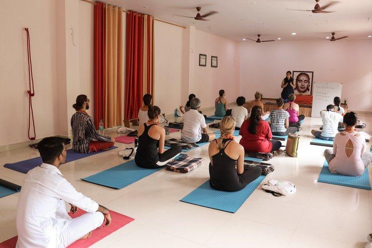 Yoga Vidya Mandiram 500 Hours Hatha & Ashtanga Vinyasa Yoga Teacher Training 13