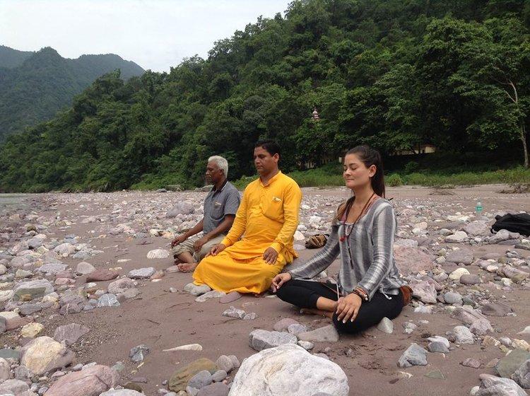 Yoga Vidya Mandiram 200 Hours Yoga Teacher Training In Rishikesh In Spanish Language 1