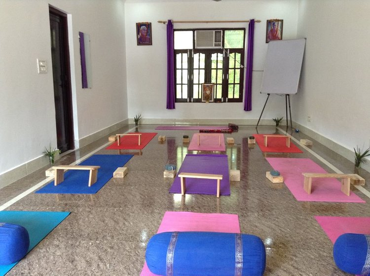 Yoga Vidya Mandiram 200 Hours Yoga Teacher Training In Rishikesh In Spanish Language 3
