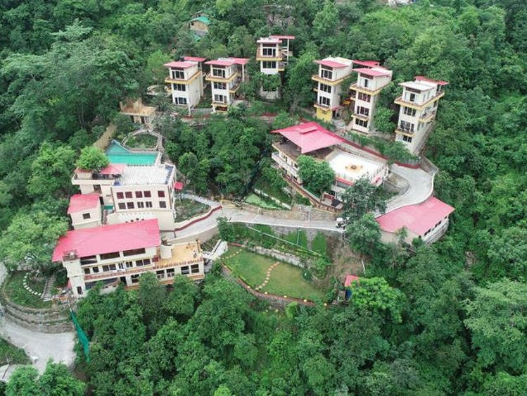 Veda5 Ayurveda and Yoga Retreat Rishikesh India 1