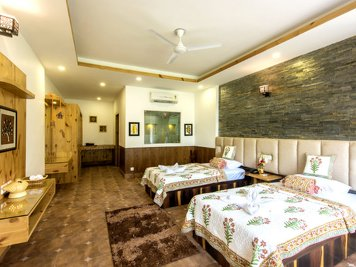 Veda5 Ayurveda and Yoga Retreat Superior rooms private