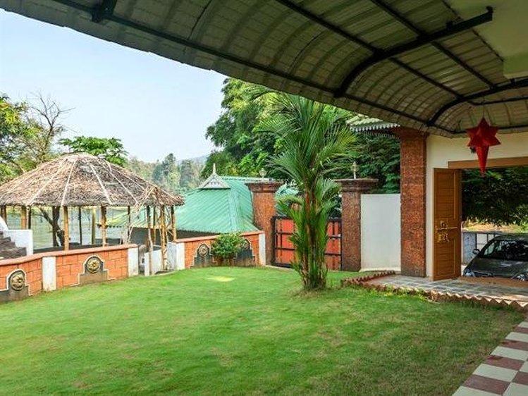 Elephant Pass Ayurveda & Yoga Retreat  Ernakulam India 4