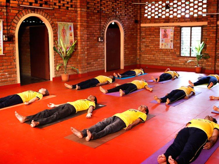 Santhi Yoga International Teachers Training and  Research Hosana Mount Yoga Teacher Training Course 4