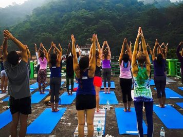 ABHAYARANYA - RISHIKESH YOGPEETH 200 Hour Yoga Teacher Training At  Ganga Campus
