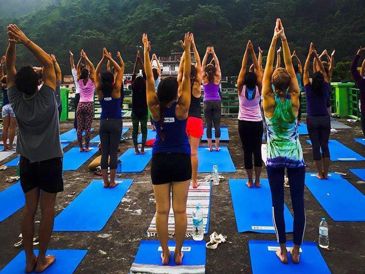 RISHIKESH YOGPEETH 300 Hour Yoga Teacher Training in Rishikesh 2