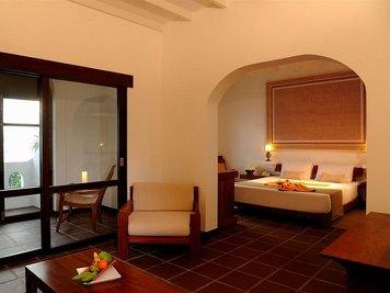 Heritance Ayurveda Maha Gedara Slimming Programme Suite Room
