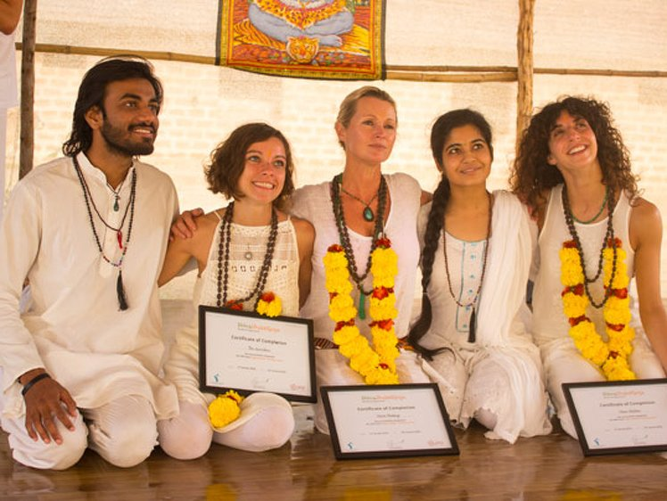 Shiva Shakti Yoga 50 HOUR YOGA TEACHER TRAINING 1
