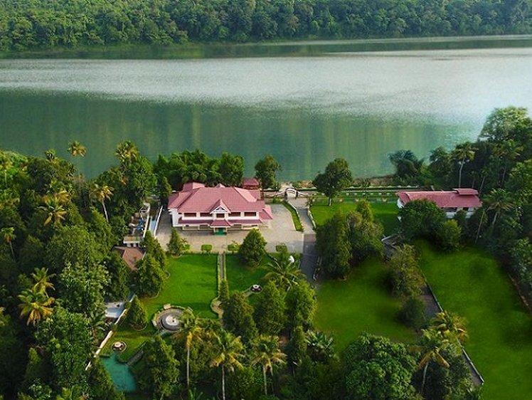 Jomari Heaven Ayurveda Wellness Center, Illithode, Ernakulam