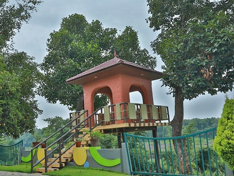 Jomari Heaven Ayurveda Wellness Center Illithode India 4
