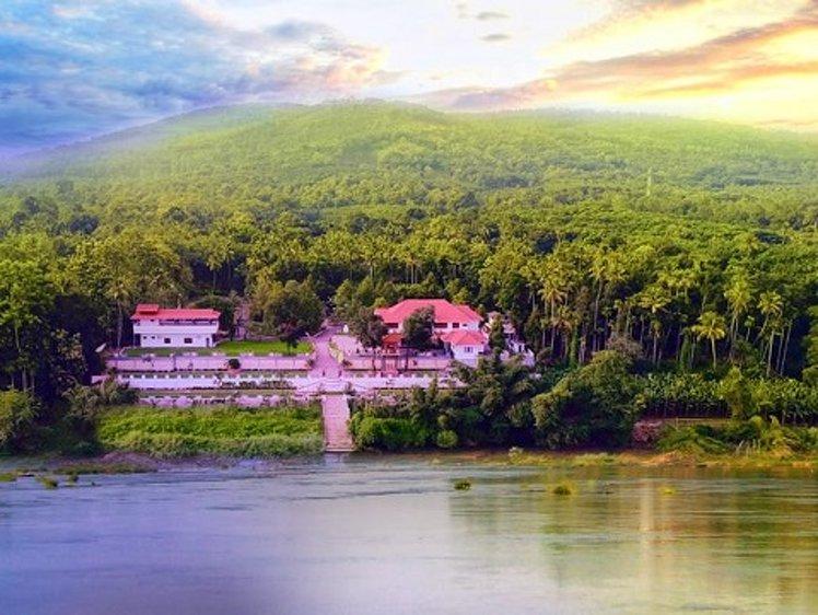 Jomari Heaven Ayurveda Wellness Center Illithode India 12