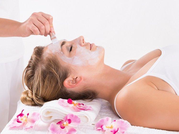 Niraamaya Retreats Cardamom Club Ayurveda Skin Care Program 1