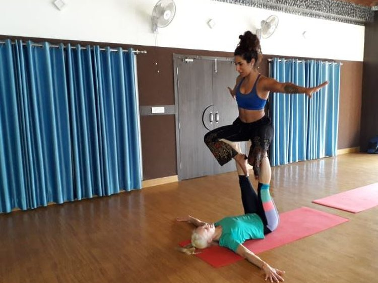 AAYAA YOGA Rishikesh 100 Hours Yoga Teachers Training Aerial & Yin 2