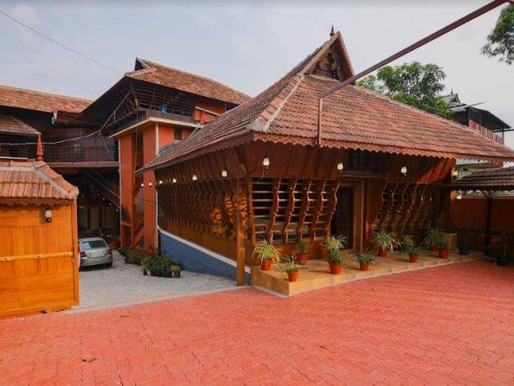 Dheemahi Ayurvedic Centre - Neelimangalam Kottayam India 1