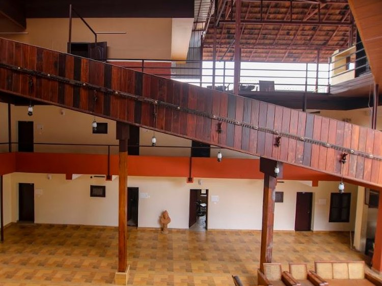 Dheemahi Ayurvedic Centre - Neelimangalam Kottayam India 6