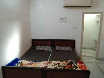 Keraliya Ayurvedic Panchakarma Centre Executives and IT Professional's Standard Room