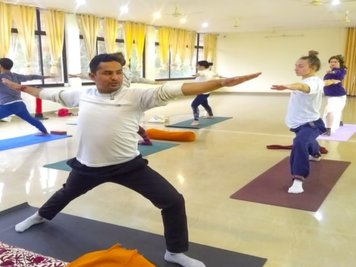 Himalayan Holistic Yoga School 200 Hour Vinyasa Yoga Teacher Training Course in Rishikesh, India
