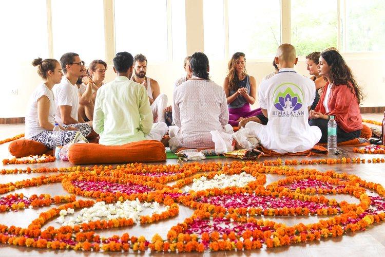 Himalayan Holistic Yoga School 7 Days Yoga Retreat in Rishikesh - Himalayan Holistic Yoga 1
