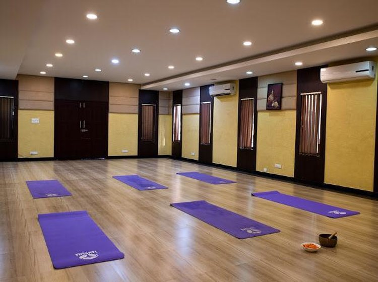 Ayusmat Naturopathy and Yoga Hospital- Indian Residents Alappuzha India 6