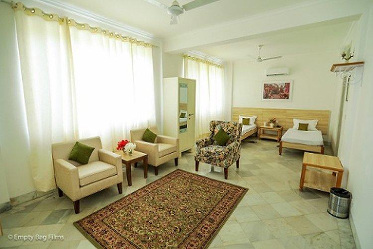 Avs Punarnava Ayurveda Hospital Baddi India 12