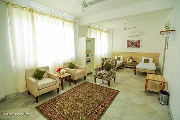 Avs Punarnava Ayurveda Hospital Suite A/C