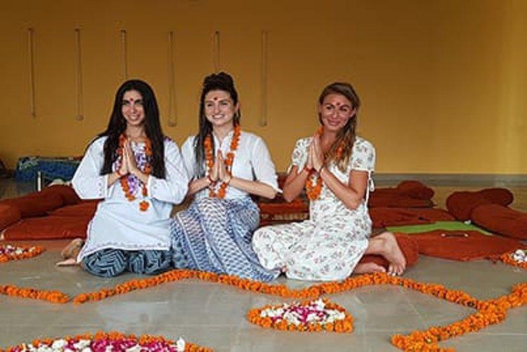 Shiva Tattva Yoga School 200 Hour Vinyasa Yoga Teacher Training 2
