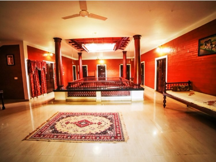 Sree Chithra Ayur Home - Indian Residents Thrissur India 5